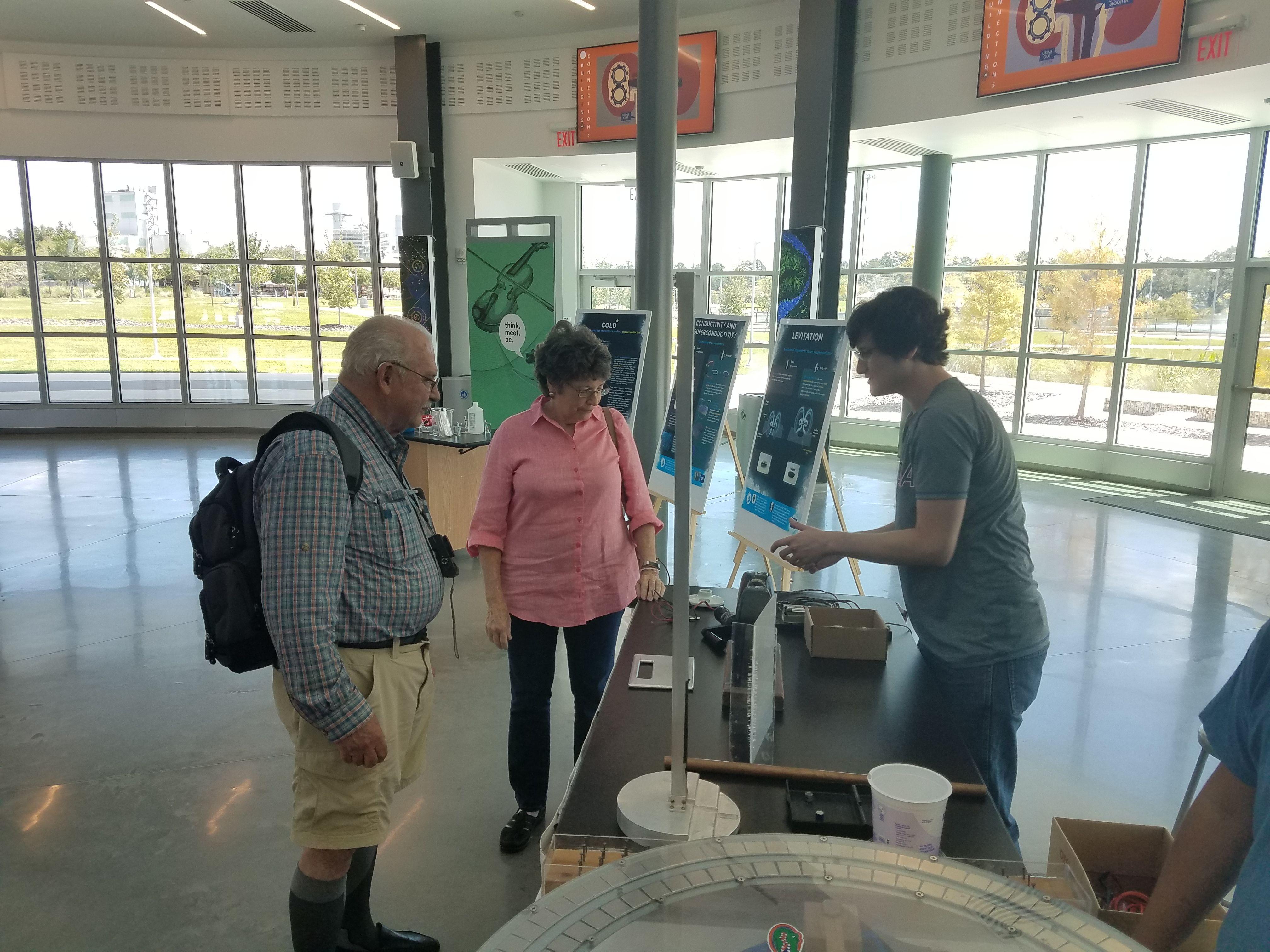 Cade Museum demonstration on Superconductivity